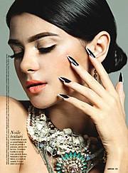 Madalina Sinoae model. Photoshoot of model Madalina Sinoae demonstrating Face Modeling.Face Modeling Photo #94599