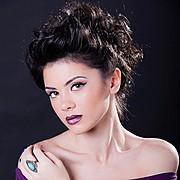 Madalina Sinoae model. Photoshoot of model Madalina Sinoae demonstrating Face Modeling.Face Modeling Photo #94601