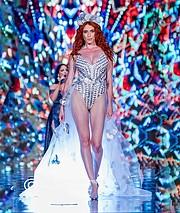 Madeleine Baldacchino model. Photoshoot of model Madeleine Baldacchino demonstrating Runway Modeling.Runway Modeling Photo #214633