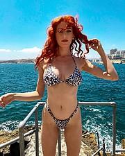 Madeleine Baldacchino model. Photoshoot of model Madeleine Baldacchino demonstrating Body Modeling.Body Modeling Photo #214638