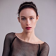 Madeline O'Sullivan model. Photoshoot of model Madeline O Sullivan demonstrating Face Modeling.Face Modeling Photo #197755