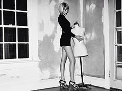 Madeline O'Sullivan model. Madeline O Sullivan demonstrating Fashion Modeling, in a photoshoot by Edward Kittredge.photographer: Edward KittredgeFashion Modeling Photo #95480