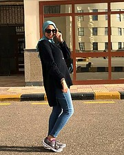 It's mai hisham, 24 YO, i'm looking for a chance to be hijab fashion model. I love fashion, modeling and photography. I'll be a good learner