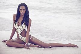 Mala Bryan model. Photoshoot of model Mala Bryan demonstrating Body Modeling.Body Modeling Photo #147541