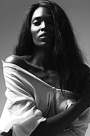 Mala Bryan model. Photoshoot of model Mala Bryan demonstrating Face Modeling.Face Modeling Photo #147606