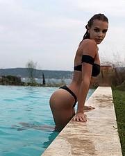 Malgosia Guzowska model (modelka). Photoshoot of model Malgosia Guzowska demonstrating Body Modeling.Body Modeling Photo #206073