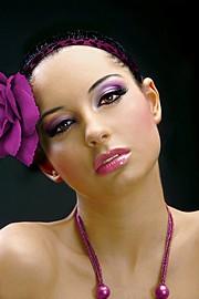 Manuela Manolova model (модел). Photoshoot of model Manuela Manolova demonstrating Face Modeling.Face Modeling Photo #73373