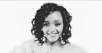 Marga Njoroge model. Photoshoot of model Marga Njoroge demonstrating Face Modeling.Face Modeling Photo #226287