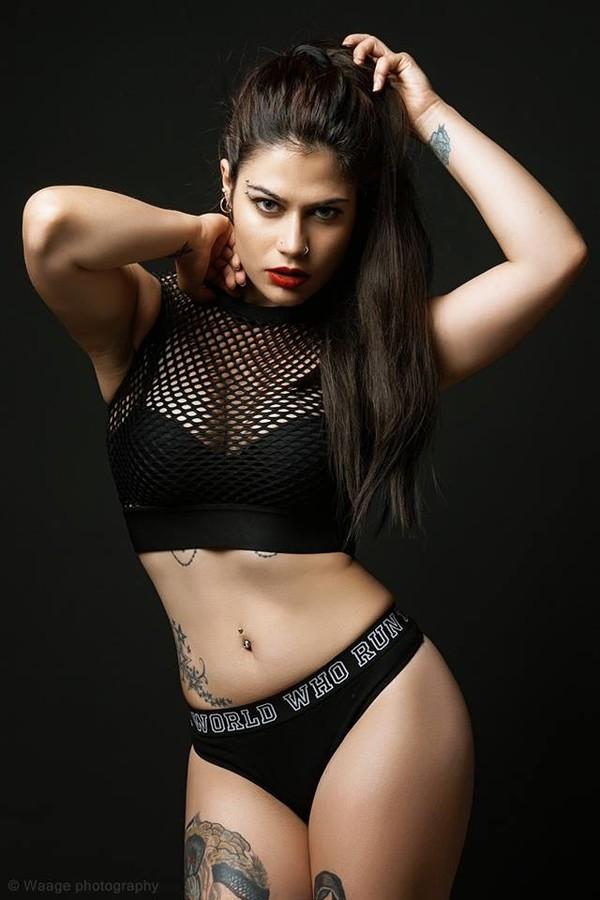 Margarita Fotiadou model (μοντέλο). Photoshoot of model Margarita Fotiadou demonstrating Body Modeling.Body Modeling Photo #183522