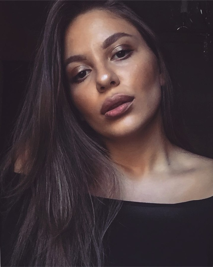 Maria Afrati model (μοντέλο). Photoshoot of model Maria Afrati demonstrating Face Modeling.Face Modeling Photo #192654