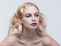 Maria Dretaki hair stylist (Μαρία Δρετάκη κομμωτής). Work by hair stylist Maria Dretaki demonstrating Fashion Hair Styling.Fashion Hair Styling Photo #187027