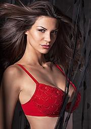 Maria Elena Monego model (modella). Photoshoot of model Maria Elena Monego demonstrating Face Modeling.Face Modeling Photo #135195
