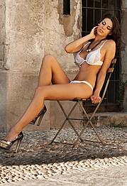 Maria Elena Monego model (modella). Photoshoot of model Maria Elena Monego demonstrating Body Modeling.Body Modeling Photo #135221