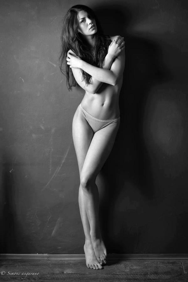 Maria Elena Monego model (modella). Photoshoot of model Maria Elena Monego demonstrating Body Modeling.Body Modeling Photo #135239