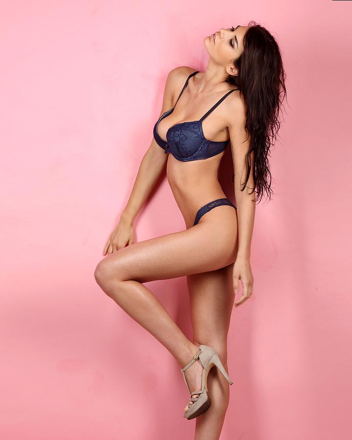 Maria Elena Monego model (modella). Photoshoot of model Maria Elena Monego demonstrating Body Modeling.Body Modeling Photo #135245