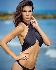 Maria Elena Monego model (modella). Photoshoot of model Maria Elena Monego demonstrating Body Modeling.Body Modeling Photo #185638
