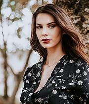 Maria Elena Monego model (modella). Photoshoot of model Maria Elena Monego demonstrating Face Modeling.Face Modeling Photo #227414
