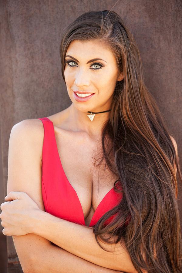 Maria Eriksson model. Photoshoot of model Maria Eriksson demonstrating Face Modeling.EditorialFace Modeling Photo #172391
