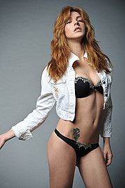 Maria Iuliana Somu model (μοντέλο). Photoshoot of model Maria Iuliana Somu demonstrating Fashion Modeling.Fashion Modeling Photo #112157