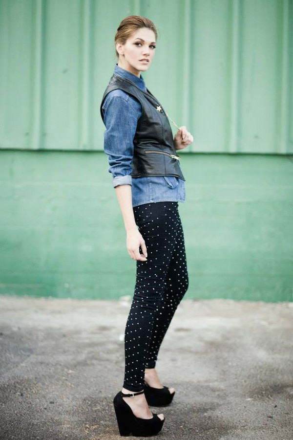 Maria Iuliana Somu model (μοντέλο). Photoshoot of model Maria Iuliana Somu demonstrating Fashion Modeling.Fashion Modeling Photo #145129