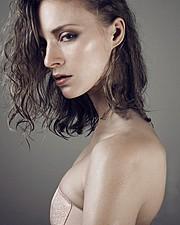 Maria Kononevskaya model. Photoshoot of model Maria Kononevskaya demonstrating Face Modeling.Face Modeling Photo #97125