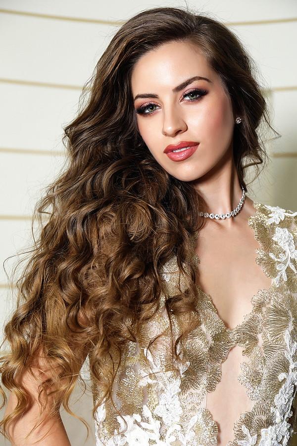 Maria Psilou model (Μαρία Ψηλού μοντέλο). Photoshoot of model Maria Psilou demonstrating Face Modeling.Face Modeling Photo #187301