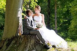Marian Garai photographer. Work by photographer Marian Garai demonstrating Wedding Photography.Wedding Photography,Editorial Styling Photo #61323