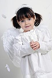 Marian Garai photographer. Work by photographer Marian Garai demonstrating Children Photography.Children Photography Photo #61327