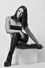 Marianna Nina Gkougkoustamou model (μοντέλο). Photoshoot of model Marianna Nina Gkougkoustamou demonstrating Fashion Modeling.Fashion Modeling Photo #200565
