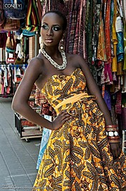 Marie-Louise is a model bases in Toronto, Canada. She was born in RDC Congo and is 5