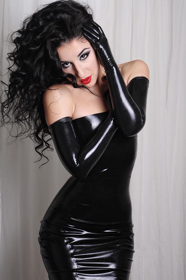 Marilyn Yusuf model (модел). Photoshoot of model Marilyn Yusuf demonstrating Fashion Modeling.Fashion Modeling Photo #73339