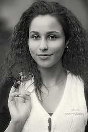 Marina Vlaykova model (модел). Photoshoot of model Marina Vlaykova demonstrating Face Modeling.Face Modeling Photo #73383