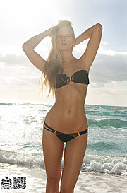 Marine Guadalpi model. Marine Guadalpi demonstrating Body Modeling, in a photoshoot by Trevor Godinho.Photographer TREVOR GODINHOBody Modeling Photo #116896