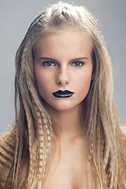 Marine Guadalpi model. Photoshoot of model Marine Guadalpi demonstrating Face Modeling.Face Modeling Photo #116907