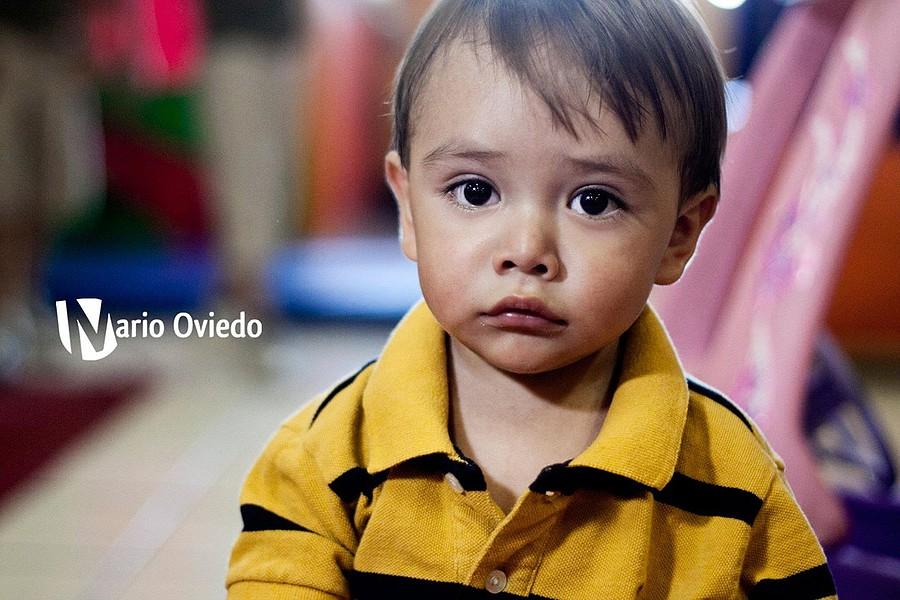 Mario Oviedo Gonzalez photographer. Work by photographer Mario Oviedo Gonzalez demonstrating Children Photography.Children Photography Photo #77502