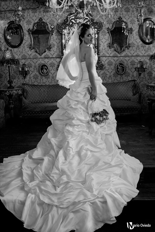 Mario Oviedo Gonzalez photographer. Work by photographer Mario Oviedo Gonzalez demonstrating Wedding Photography.Wedding Photography Photo #77508
