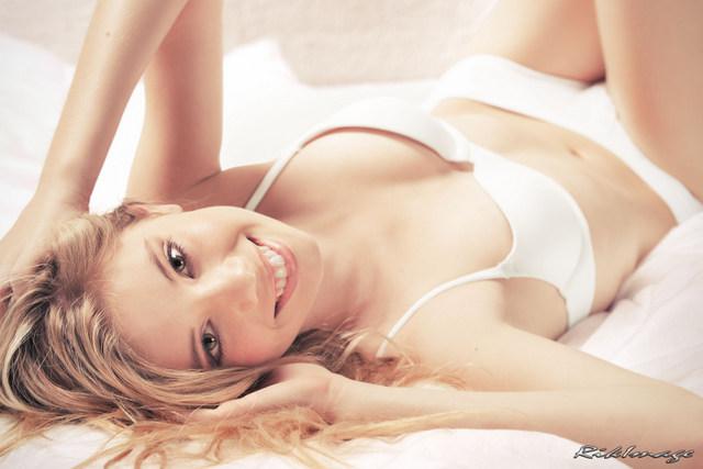 Marisol Calvert model. Photoshoot of model Marisol Calvert demonstrating Body Modeling.Body Modeling Photo #78442