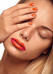 Marta Santorova makeup artist & model (Marta Šantorová makeupová umělkyně & modelka). Work by makeup artist Marta Santorova demonstrating Beauty Makeup.Beauty Makeup Photo #92757