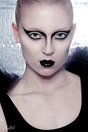 Marte Wang model (modell). Photoshoot of model Marte Wang demonstrating Face Modeling.Face Modeling Photo #82425