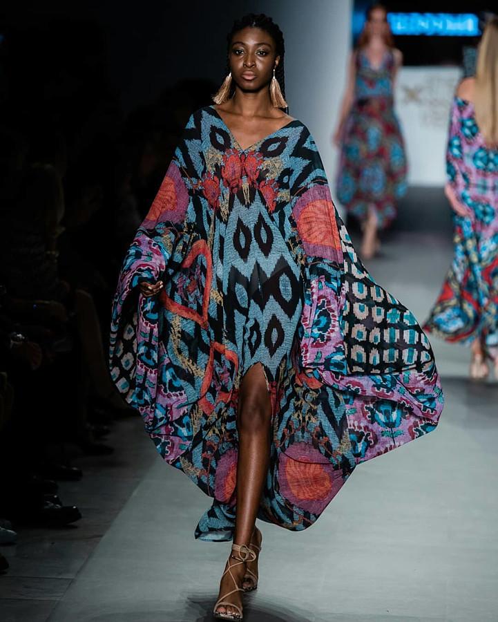 Mary Olagbegi Μοντέλο