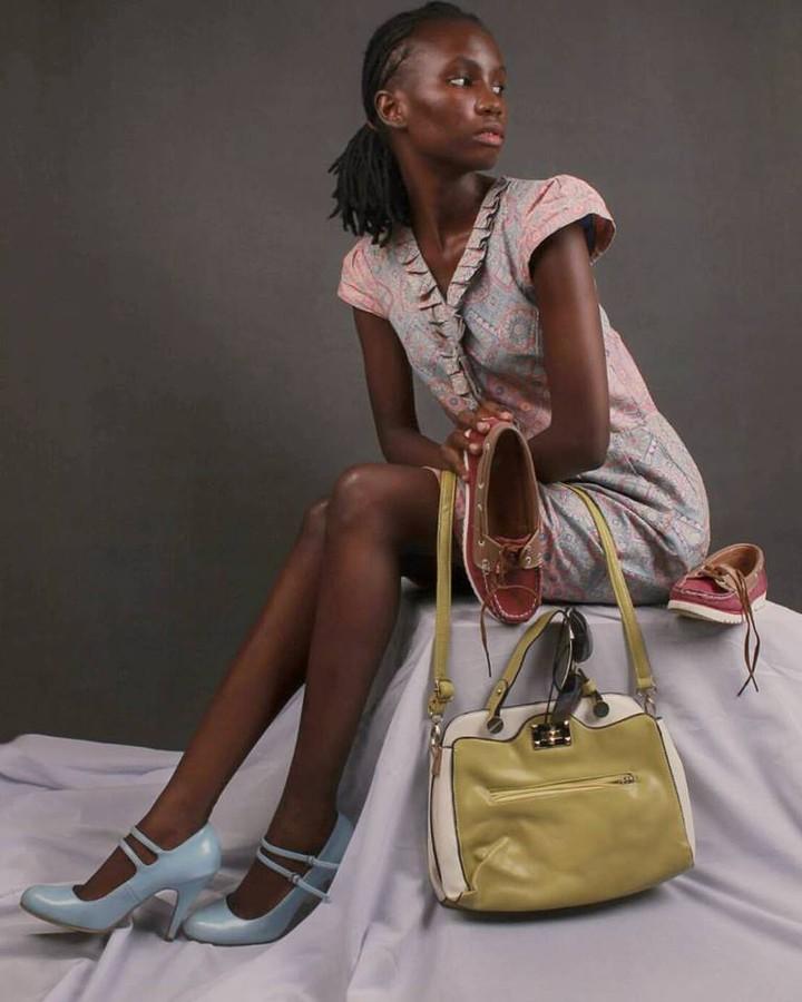Maureen Nduta model, Alloys Iteba photographer. Photoshoot of model Maureen Nduta demonstrating Fashion Modeling.Model: Maureen NdutaPhotographer : Alloys ItebaWardrobe : kiengenaomidesignLookbook,PurseFashion Photography,Fashion Modeling Photo #16