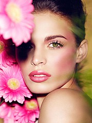 Maxx Agency е модна и кастинг агенция, която предлага професионално и качествено обслужване в областта на модата, рекламата, организацията н