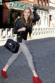 Maya Szymkiewicz model. Photoshoot of model Maya Szymkiewicz demonstrating Fashion Modeling.Fashion Modeling Photo #102734