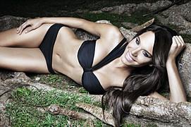 Maydelise Columna model. Photoshoot of model Maydelise Columna demonstrating Body Modeling.Body Modeling Photo #91864