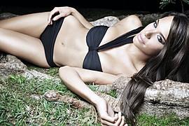 Maydelise Columna model. Photoshoot of model Maydelise Columna demonstrating Body Modeling.Body Modeling Photo #91865