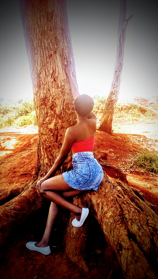 Meafew Achieng model. Photoshoot of model Meafew Achieng demonstrating Fashion Modeling.Fashion Modeling Photo #230304
