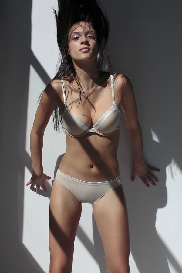 Meaghan Monaghan model. Meaghan Monaghan demonstrating Body Modeling, in a photoshoot by Kaz Chiba.photographer Kaz ChibaBody Modeling Photo #111883