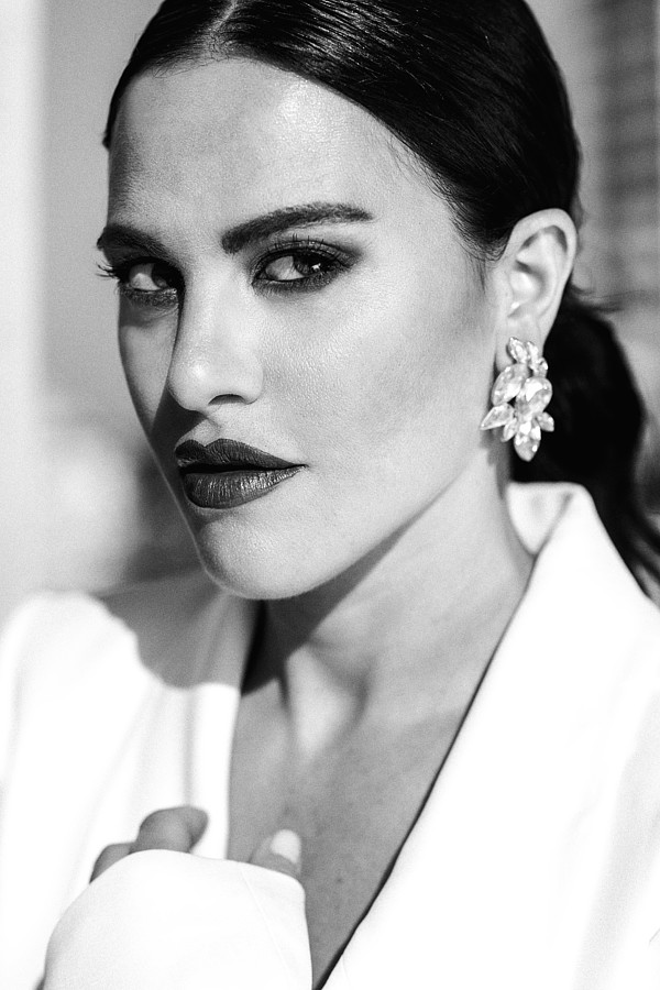 Melania Dalla Costa actress & model. Photoshoot of model Melania Dalla Costa demonstrating Face Modeling.Melania Dalla Costa by Maria La TorreFace Modeling Photo #214045