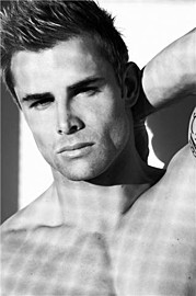 Miah Agency Barcelona modeling agency. Men Casting by Miah Agency Barcelona.model VINNY GOUGHMen Casting Photo #115188