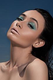 Michelle Bobe model. Michelle Bobe demonstrating Face Modeling, in a photoshoot by Sidney Ettiene.photographer sidney ettieneFace Modeling Photo #114338